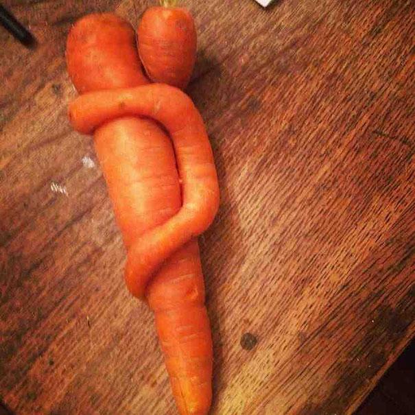 funny-shaped-vegetables-fruits-17